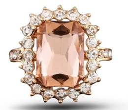 $enCountryForm.capitalKeyWord Australia - New arrival men women fashion jewelry Champagne crystal ring birthday festival new year gift