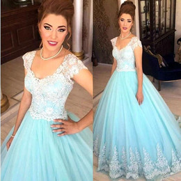 pictures white short gown sexy NZ - Light Sky Blue Tulle Ball Gown Quinceanera Dresses White Lace Appliques Short Sleeveless Scoop Neckline Quinceanera Gowns