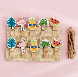 $enCountryForm.capitalKeyWord Australia - 10 pcs pack Fruit Flamingo Wooden Clip Photo Craft DIY Decoration Notes Letter Paper Clip with Rope Office School Supplies