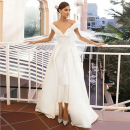 Training Jumpsuits Australia - Jumpsuit Evening Dress Long Train White Prom Dresses Off Shoulder Sweep Train Elegant Evening Dress Party Zuhair Murad Dress Vestidos Festa