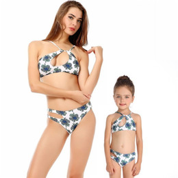 $enCountryForm.capitalKeyWord UK - 2019 Family Clothes Mother Daughter Matching Swimwear Girl Leaf Print Mommy And Me Swimsuit Irregular Bathsuits Bikini Set 2-8T