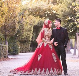 MusliM bridal evening gowns online shopping - 2019 Red A line with Gold Appliques Evening Dresses High Collar Long Sleeves Muslim Prom Party Gown Sweep Train Abric Dubai Bridal Dress