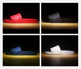 Slipper SandalS online shopping - with box hot brand Men Beach Slide Sandals Medusa Scuffs Slippers Mens white Beach Fashion slip on designer sandals US