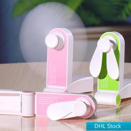 Toptan satış DHL Stok USB Mini Katlama Fanlar Elektrik Taşınabilir Tut Küçük Hayranları Özgünlük Küçük Elektrikli Ev Aletleri Masaüstü Elektrik Fan