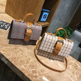 light checking Australia - Pretty2019 Gingham Check Grain Bag Woman Trend Demeanour Joker Girl Messenger Small Square Package