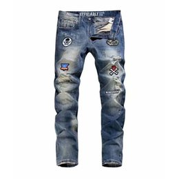 $enCountryForm.capitalKeyWord NZ - Fashion Streetwear Men Jeans Slim Fit Retro Blue Washed Destroyed Ripped Jeans Men Patches Decoration Hip Hop