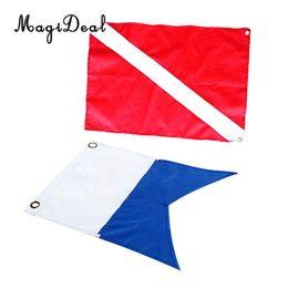 MagiDeal 2 Peças Nylon Diver-Down Bandeira, bandeira de Marcador de Mergulho Vermelho e Azul 60x70 cm