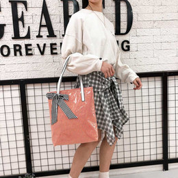 Big Bow Bag Australia - Fashion Striped Bow Transparent Jelly Beach Bags Women's Shoulder Bags Ladies Clear PVC Handbags Women Big Capacity Totes Girls