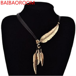 amber necklace women Canada - Women Necklace Alloy Feather Statement Necklaces Pendants Vintage Jewelry Rope Chain Necklace Women Accessories for Gift