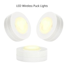 Wholesale Bright Round Home Bedroom Wardrobe Light 6 Pack LED Puck Under Cabinet Closet Lights Remote Controlled High Quality