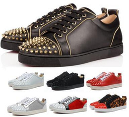 $enCountryForm.capitalKeyWord Australia - Designers Red Bottom Studded Spikes Orlato Flat 2019 Casual Loafer Sneakers Men Womens Gold Low Genuine Leather Junior Luxury Fashion Shoes
