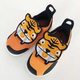 $enCountryForm.capitalKeyWord UK - 2019 New Baby Cute Tiger Leopard Patch Prewalker Shoes Fashion Kids Toddler Soft Sole Shoes Infant Sneakers Birthday Gift Size 20-27