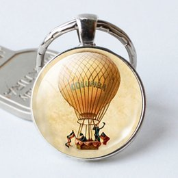 $enCountryForm.capitalKeyWord NZ - 8 romantic hot air balloon pattern keychains, convex round glass accessories, personalized creative gifts for the family