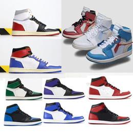 top fashion 93553 3455e 2019 Caja original Zapatos de baloncesto para hombre nike air jordan 1 s 1  de descuento Bred Black Toe Top3 Hombres prohibidos OG Chicago Royal UNC  Union ...