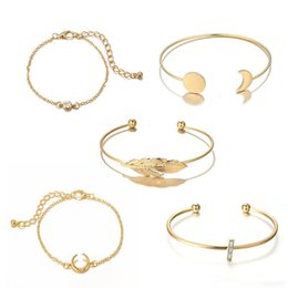 $enCountryForm.capitalKeyWord UK - New Vintage Moon Round Disc Leaf Diamond Cross Adjustable Open Bracelet 5 Piece Set for Women Girl Jewelry Support