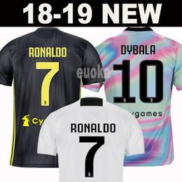 New 2019 RONALDO JUVENTUS Fußball-Trikot 18 19 JUVE 2018 Heim Auswärts DYBALA HIGUAIN BUFFON Fußball-T-Shirt mit Kappen aus Baumwolle