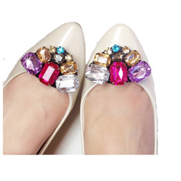 $enCountryForm.capitalKeyWord Australia - 1pair NEW Diy shoes flower charms flats sandals high-heel pumps accessories crystal shoe clips Fashion wedding decoration buckle
