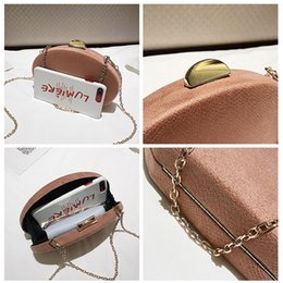 oval evening bag Australia - LJT 2018 Korean Ladies New Tide Shoulder Bag Fashion Women Personality Chain Small Round Bag Oval Party Evening Clutch Purse