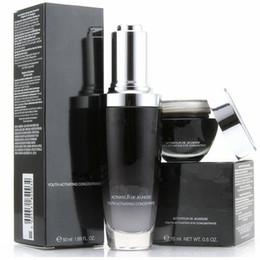 Venta al por mayor de Famosa marca Botellas negras 15 ml crema para los ojos + 50 ml crema facial Loción concentradora avanzada para jóvenesJuego de cuidado de la piel DHL envío gratis rápido