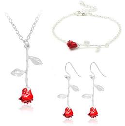 ae8e8c33a7a9 Nueva Rosa Roja Colgante Collar Pulsera Pendientes Conjuntos de Joyas  Imitación Rosa Joyería Amantes Regalos de San Valentín