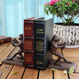 craft irons NZ - 2 Pieces Cast Iron Frog Bookends Book Ends Antique Metal Bookend Study Room Desk Table Decoration Home Office Rustic Crafts Brown Crafts