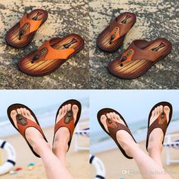 $enCountryForm.capitalKeyWord Australia - newest designer sandals Leather flip-flops causal Non-slip summer huaraches slippers flip flops slippers summer outdoor beach slippers