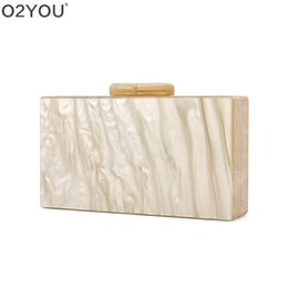 Pearl Ladies Handbag UK - Nude Pearl Acrylic Clasp Mirror Inside Lady Travel Beach Summer Women Day Clutches Solid Acrylic Purse Handbags Bags #304636