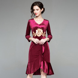 dee5f9bf Long Fish Dresses UK - A Knees Length Embroidery Velvet Work Dress for  Europe Station 2019
