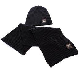 Bufanda de marca Traje de sombrero Diseñador de primavera y invierno Sombreros cálidos Bufandas Conjuntos Gorros Conjuntos para hombres Mujeres en venta
