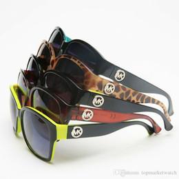 Classic Mens Glasses NZ - Luxury Quality Classic Pilot Sunglasses Designer Brand Mens Womens Sun Glasses Eyewear Metal Glass Lenses