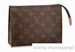 $enCountryForm.capitalKeyWord Australia - M47544 Medium Cosmetic Bag Long Chain Wallets Key Card Holders Purse Clutches Evening