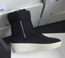 Hot work safety online shopping - 2019 hot Best Black and White Quality Fear of God Top Military Sneakers Hight Army Boots Men and Women Fashion Shoes Martin Boots size