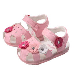 Flower Shoes Kids NZ - Summer Baby Girl Shoes Toddler Kids Baby Girls Flowers Sandals Lighted Soft Soled Anti-slip Princess Shoes Girls Sandals M8Y15