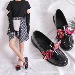 shining patent leather shoes Canada - Ribbon Flroal print oxford shoes student girls bowknot shine leather creeper flats black chunky casual espadrilles loafers