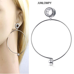 screw ear stretchers Australia - JUNLOWPY 2pcs Stainless Woman Danlge Ear Gauge Plug Earring Screw Big Circle Tunnel Plug Expander Kit Body Piercing Stretcher