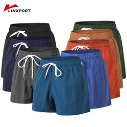 wearing compression shorts NZ - Sweatpant for Men Beach Wear Running Shorts Compression Underwear Bodybuilding Fitness Shorts Bicycle Training Summer Tights