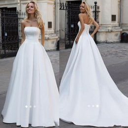 Wholesale simple elegant laces for wedding dresses for sale - Group buy Simple Pearls Long White Satin Wedding Dresses A line Strapless Beaded Bridal Gowns Elegant Women Dress For Wedding