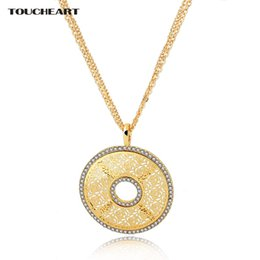 love charm pendants gold 2019 - TOUCHEART Hollow Flower Crystal Wedding Charm Necklaces & Pendants For Women Gold Long love Ethnic Jewelry Necklaces SNE