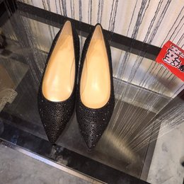 $enCountryForm.capitalKeyWord Australia - NEW 2019 Design fashion spike loafers dress shoes red shoes luxury party wedding shoes leather black white pink crystal lady high heels
