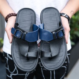 leather flip flops Canada - Men Sandals Outdoor Slippers PU Leather 2019 Summer Male Beach Flats Shoes Korean Version Casual Flip Flops Q-519