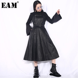 dress hemlines UK - [EAM] 2020 New Spring Summer Strapless Spaghetti Strap Black Pu Leather Waist Belt Loose Big Hemline Dress Women Fashion JD03 Y200107