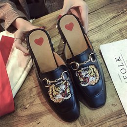 Heels Pics Australia - Fashion Brand Womens Shoes Embroidered Shoes Flat Bottom Student Newest Cauual Style Sandals Girl Slipper Classic Chain Animal Pics hot