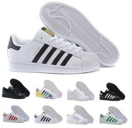 star shoes zapatos Canada - Super Star White Hologram Iridescent Junior Superstars 80s Pride Mens Casual Air Designer Womens Dress Trainers Outdoor Zapatos Shoes 36-44