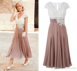 $enCountryForm.capitalKeyWord NZ - 2018 Newest Mother of the Bride Dress Deep V Neck Chiffon Ankle Length Wedding Guest Dress Short Sleeves Top Lace Groom Party Gowns