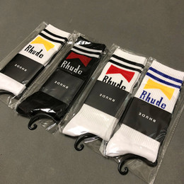 Discount champagne towels - RHUDE Socks Men Women Socks Korea 2019SS RHUDE Street Fashion Cool Street Fashion Kanye West Season 7 Towel RHUDE Socks
