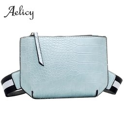 ladies thin red belt UK - Aelicy Crocodile Leather Thin Ladies Crossbody Belt Bag Fashion Portable Women Zipper Chest Bag Purse Shoulder Messenger