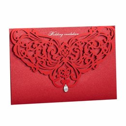 Classic Party Invitation Cards UK - 100Pcs Chinese Classic Red&White Laser Cut Wedding Invitation, Bridal Shower Marriage Invitation Card Party Favors with Envelope