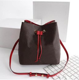 Chinese  Top Quality small women Bucket bags fashion style leather crossbody totes bag for ladies size 26*22*27cm manufacturers