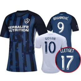 China 2019 LA Galaxy Soccer jersey ZLATAN IBRAHIMOVIC Jersey 19 20 Los Angeles Galaxy Camisa long sleeve GIOVANI BECKHAM kids maillot de foot cheap kids jersey long sleeve suppliers