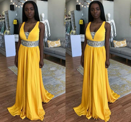 Fitted Laced Prom Dresses Australia - Charming Yellow Black Girls Prom Dresses V Neck Beaded Sash Fitted Long Formal Junior Evening Gowns Robes formelles soirée 2018 Pageant Gown